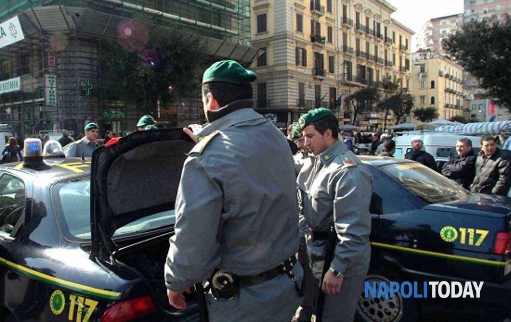 Guardia di Finanza a Napoli (6)(1)